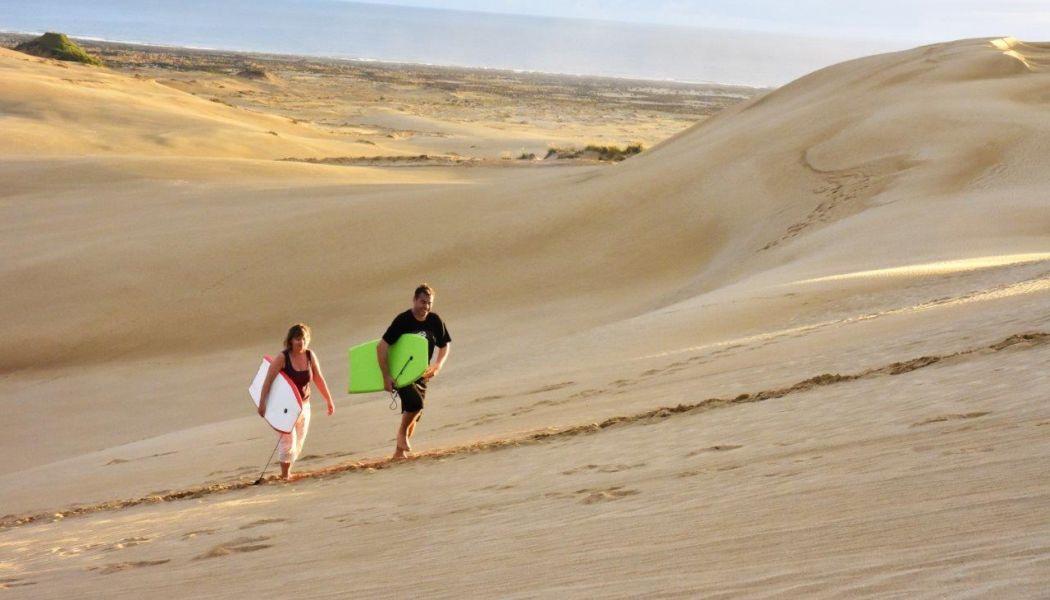 Surfování na písečných dunách